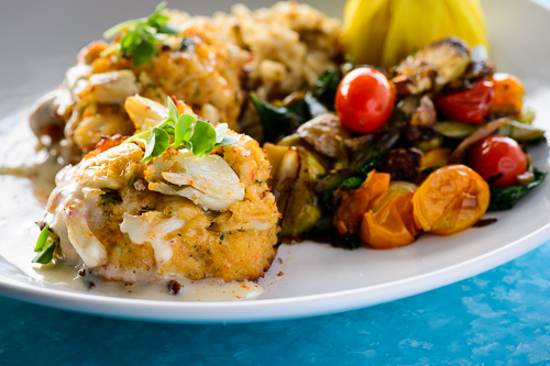 crab cakes,Poseidon,how to cook crab cakes, How to make Crisp and Tender Crab Cakes, Author Pat Branning